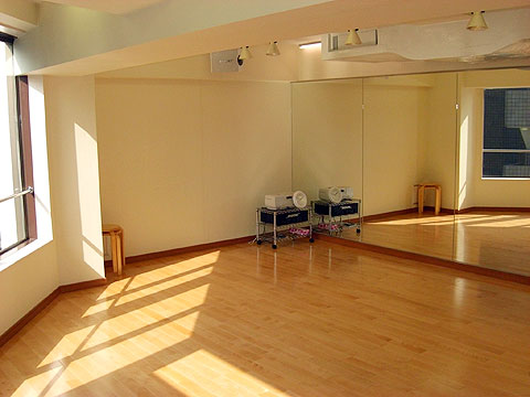 ダンススタジオ