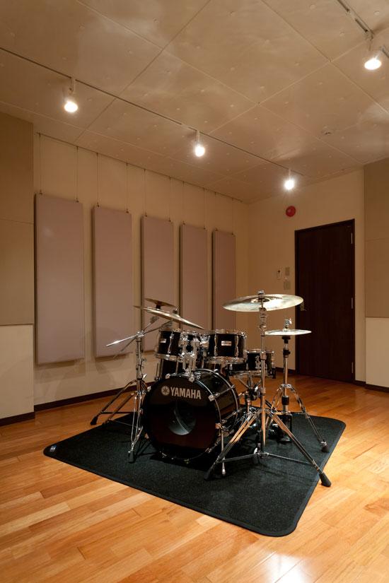 ドラム練習室 国立音楽大学