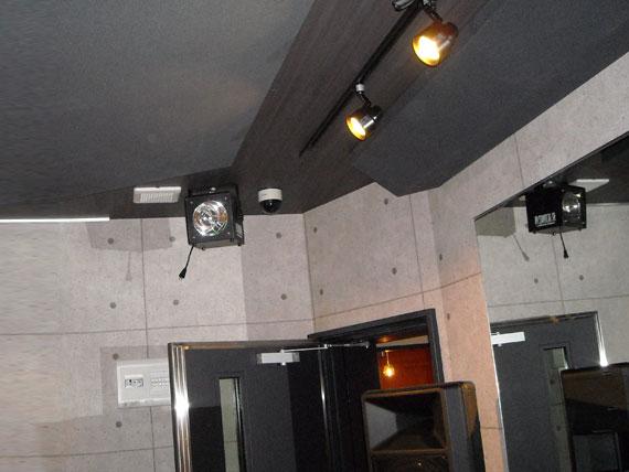 スタジオ防音室